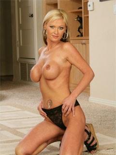 Порно модель Alison Kilgore