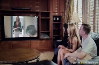 Гламурная Nicole Aniston с ходу завела стояк стеснительного парня
