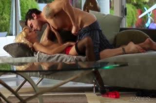 Блондинка Erica Fontes романтично спаривается с мужем
