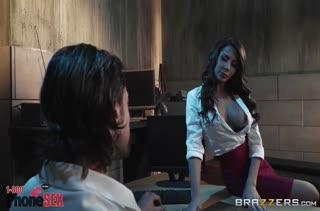 Madison Ivy с большой грудью прыгнула на член мужика